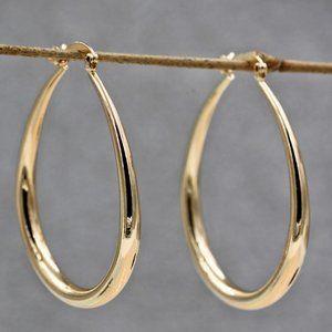 *NEW 18K Yellow Gold 1.5'' Oval Hoop Earrings